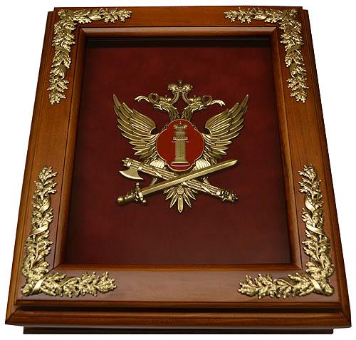 Предлагаем купить сувениры, статуэтки на Сllon.ru.
