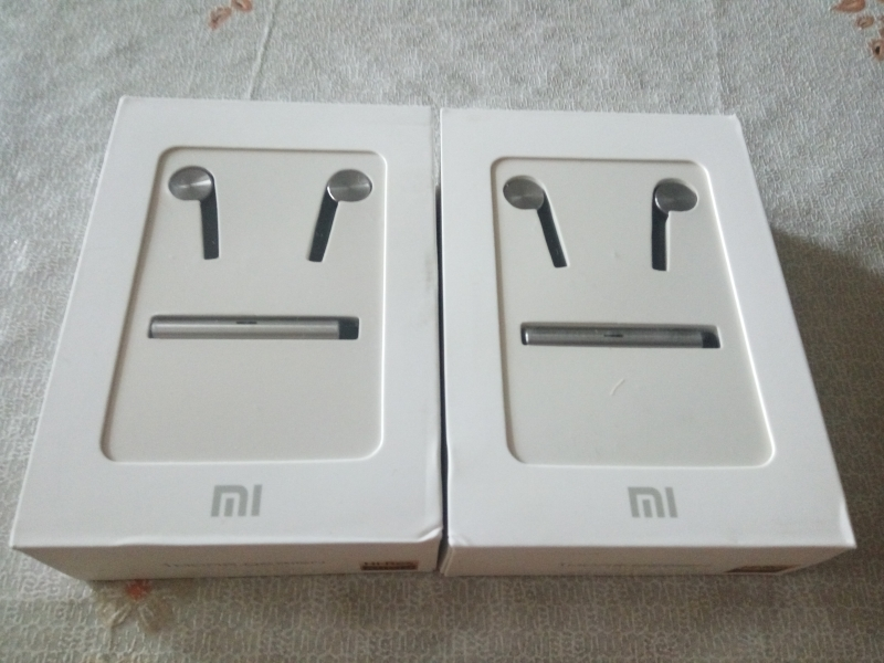 Наушники Xiaomi Hybrid Mi In-Ear Headphones