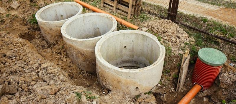 Выгребные ямы, канализации, водопровод, септики, отстойники, колодцы с переливом