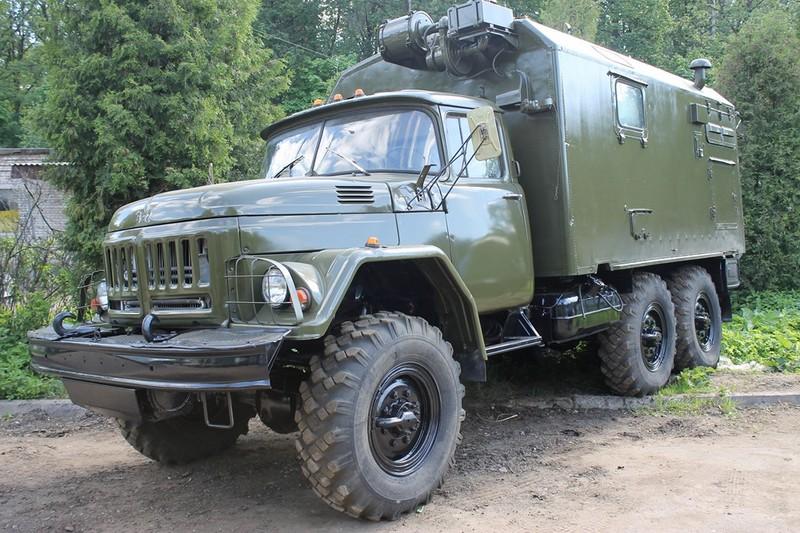 Грузовой ЗИЛ-131. ШассиФургон